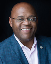 "Senator William ""Mo"" Cowan, Good Apple Award Recipient"